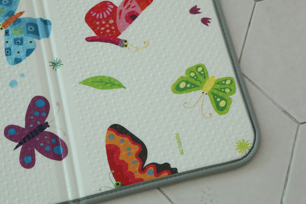 Saltea Sobble Butterfly World pliabila 1.4m 100 sigura eco-friendly Multicolor