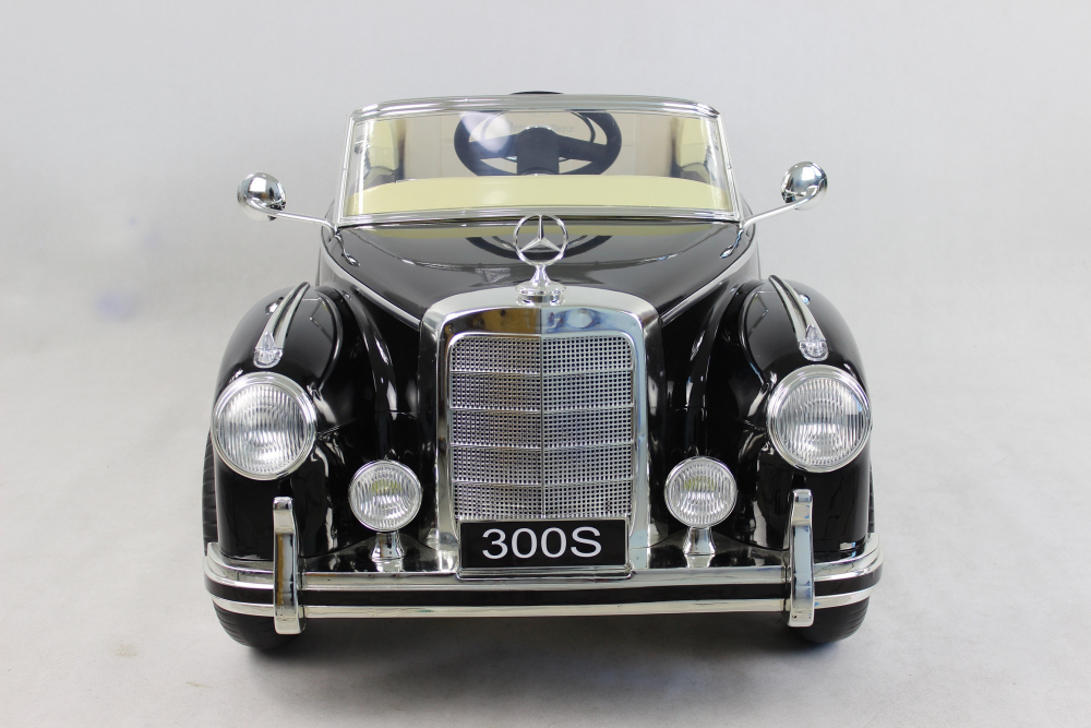 Masinuta electrica de epoca cu scaun din piele si roti EVA Mercedes Benz 300S Paint Black - 2