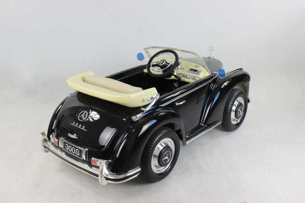 Masinuta electrica de epoca cu scaun din piele si roti EVA Mercedes Benz 300S Paint Black - 4