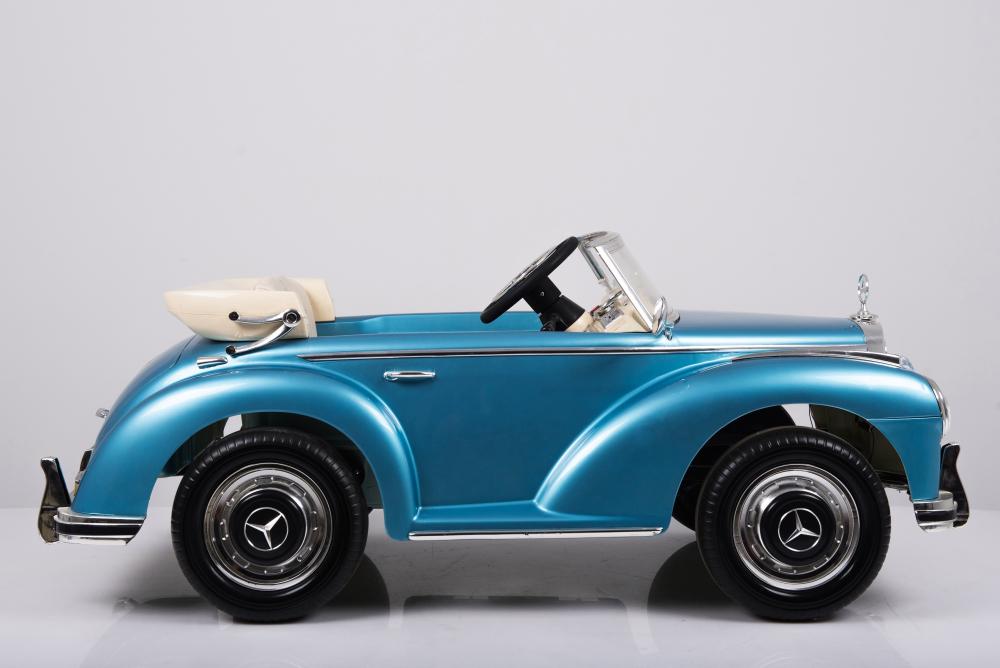 Masinuta electrica de epoca cu scaun din piele si roti EVA Mercedes Benz 300S Paint Blue - 7