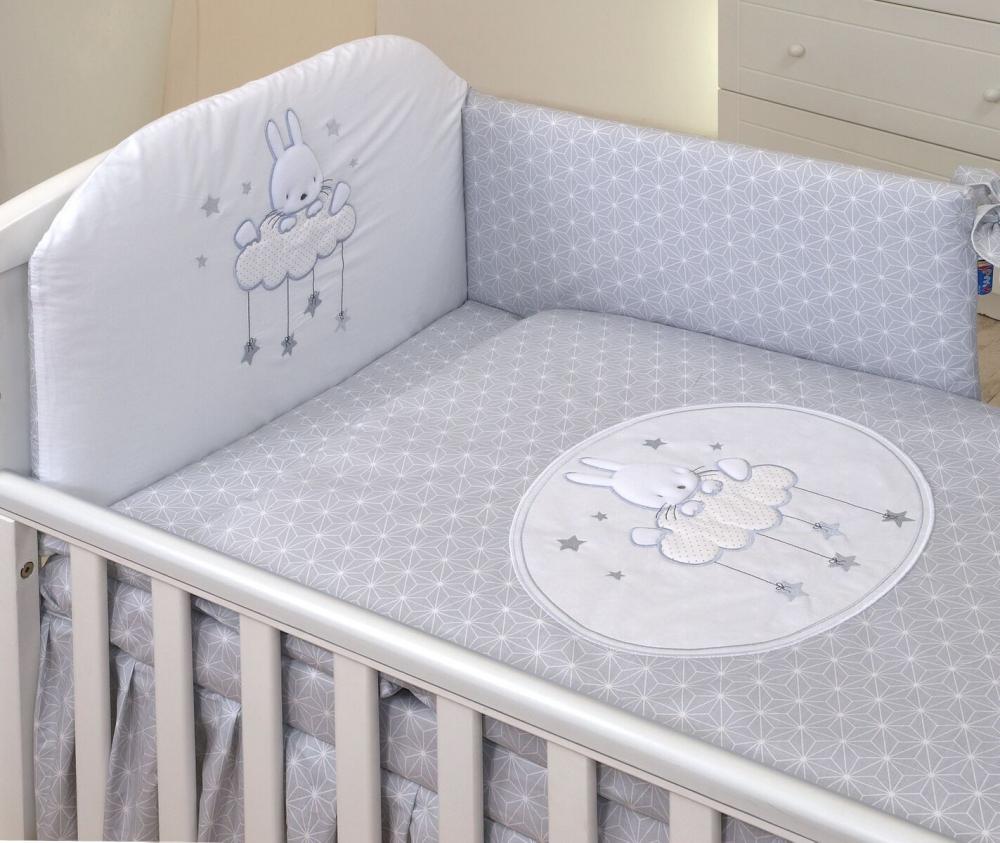Set lenjerie din bumbac cu protectie laterala pentru pat bebelusi Sky Bunny Grey 120 x 60 cm