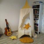 Baldachin de tavan galben cu stele ivory diametru 75 cm