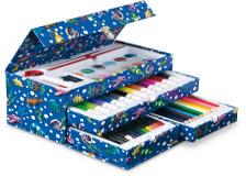 Creioane colorate si carioci